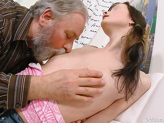 Jenya worships the attention she gets from this muddy elderly man. He ends up poking this youthful babe.