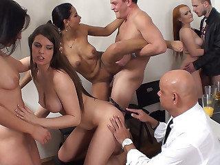 Sex soiree with senior spectator