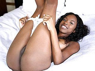 Immense booty uber-cute gorgeous black nymph Armani Monae rails a yam-sized milky meat