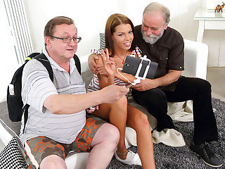 Sofia Like nail with two elderly men